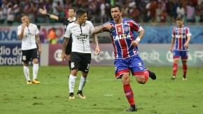 Bahia vence o líder e se afasta do Z-4; Corinthians vê folga na tabela diminuir