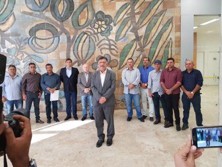 Prefeitos sertanejos unidos contra fechamento de agências do Banco do Brasil
