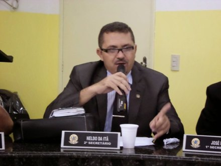 Presidente da Câmara de Carnaíba nega interferência de ex-prefeito na eleição da nova mesa diretora