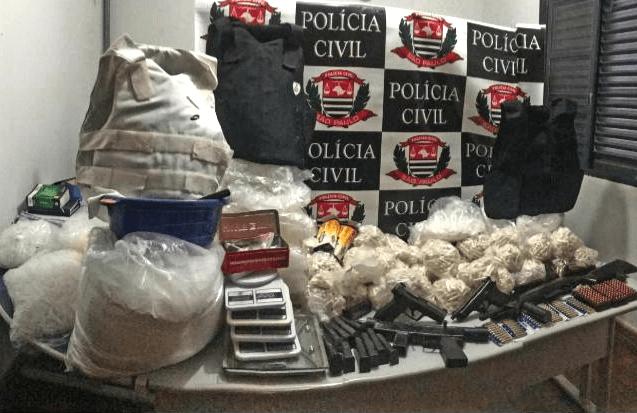 Polícia estoura refinaria de drogas em Jacareí e aprende 62 kg de cocaína