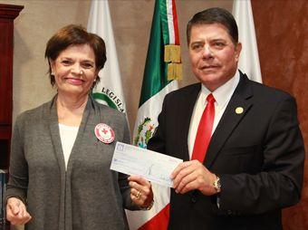 El presidente del Congreso del Estado destacó la labor de quienes apoyan con su vocación de servicio la causa de esta noble institución
