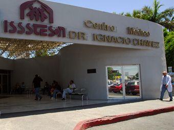 Isssteson ha detectado 17 probables casos de cáncer de mama; ampliará campaña