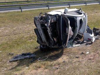 Mueren dos jóvenes en accidente carretero en Sásabe