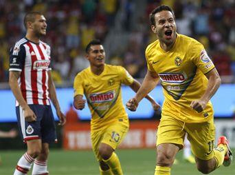 Con goleada América le gana a Chivas 4-0