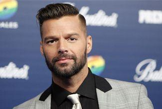 """Luego de varias semanas de rumores, el productor Miguel Ángel Fox confirmó a Ricky Martin como """"coach"""" de La Voz ... México."""