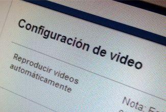 Aun no sabemos porqué pero Facebook decidió automatizar sin nuestro consentimiento la reproducción de todos los videos que aparecen en nuestra cuenta.