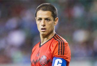 """El delantero azteca tomó con filosofía las críticas de su nuevo técnico, el holandés Louis van Gaal acerca de su """"egoísmo"""" en un par de jugadas luego de marcar el 3-1 ante el Real Madrid."""