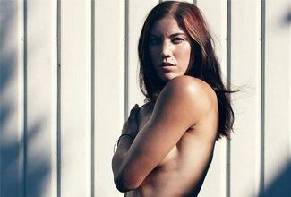 Circulan fotos sin ropa de Hope Solo, deportista estadunidense