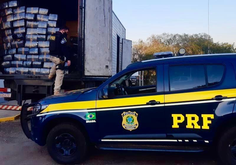 PRF de Carazinho apreende quase três toneladas de maconha ...