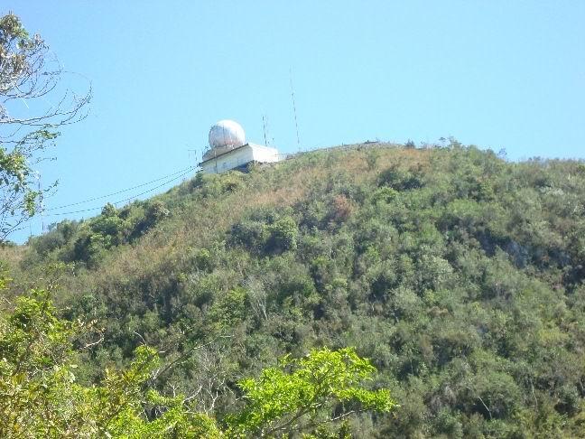 En el Pico San Juan se encuentra un radar meteorológico de importancia para América Latina.