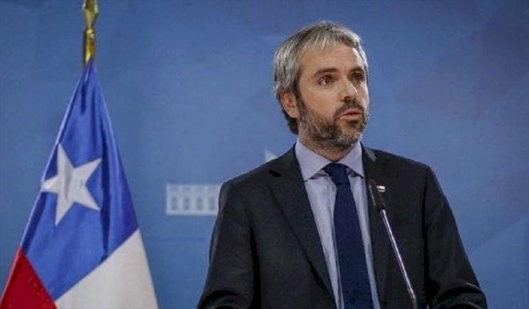 """Gobierno decidió iniciar """"el camino hacia una nueva constitución"""" - Radio Sago"""