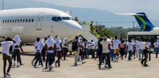 Cuba deporta haitianos