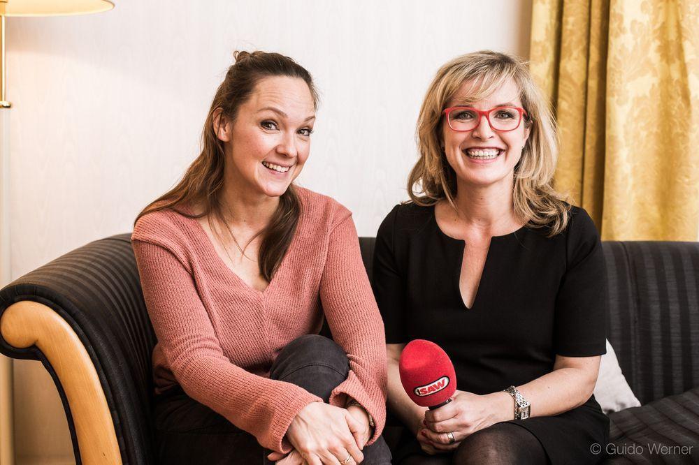 Fotos: Sina Peschke trifft Carolin Kebekus | radio SAW