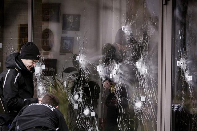 Triunfos cinematográficos y empresariales, en contrapunto a la tragedia de Copenhague