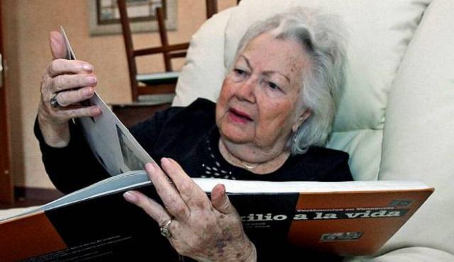 Nos dejó a los 98 años la sobreviviente de la Shoá Ania Fuchs de Horszowski Z''L