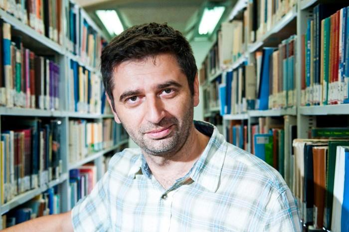 Entrevista a Eliezer Papo, rabino, abogado, escritor y profesor
