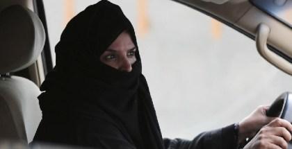 saudi mujer conducir