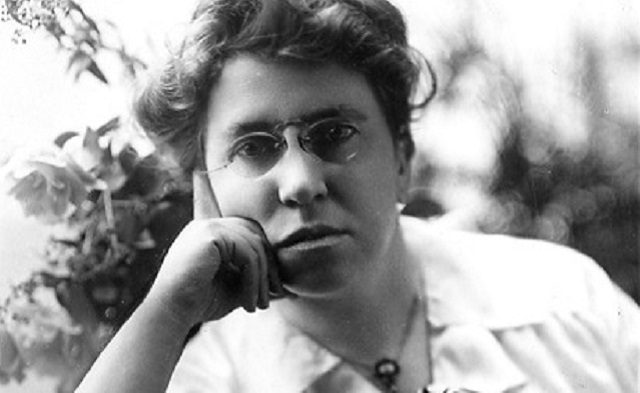 Jayéi Sará, y Emma Goldman