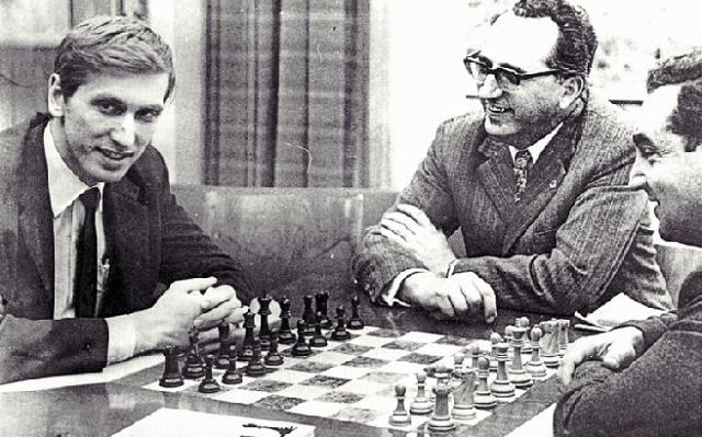 Bobby Fischer (IV): camino al estrellato