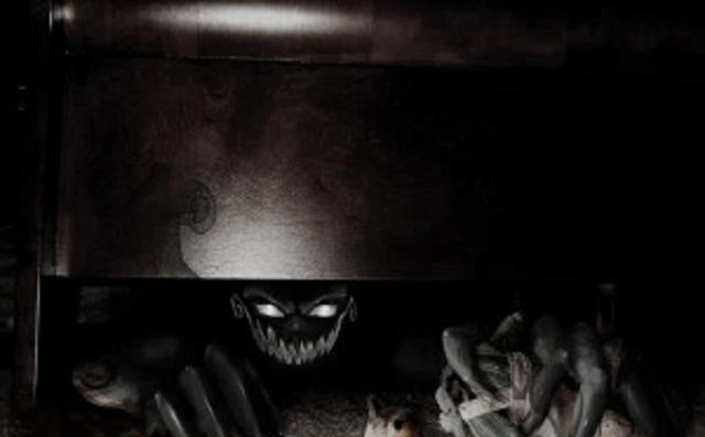 Hay un monstruo bajo mi cama