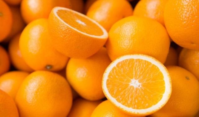 Una sopita sefardí y naranjas a la menta