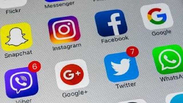 Antisemitismo en redes sociales
