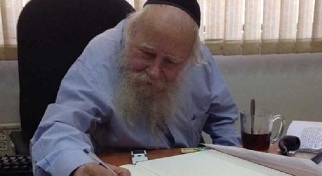 "Nos deja rab Adin Steinsaltz Z""L, traductor al hebreo del Talmud"