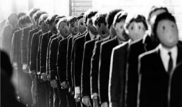 Epílogo a un siglo de totalitarismos