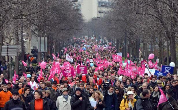 """Su Gay.tv parlano di """"Homovox"""" (""""maggioranza"""" tra i gay francesi): contrari a matrimonio e adozioni omo."""
