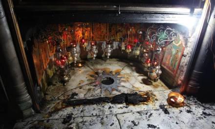 Grotta della Natività a Betlemme: una lampada ad olio scatena un incendio.