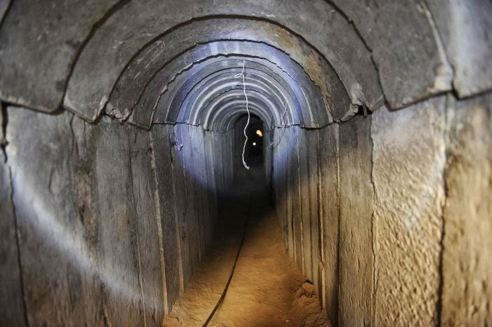 GAZA / Tunnel, la battaglia psicologica
