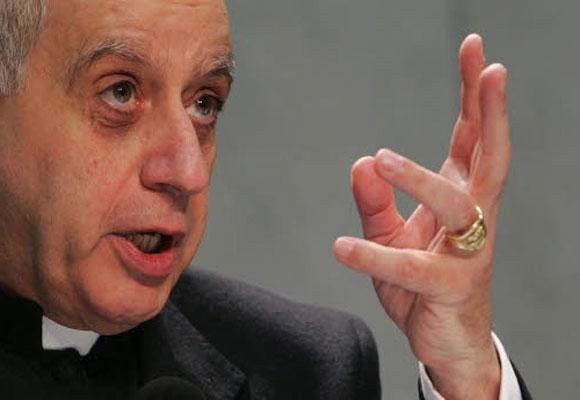 """Rino Fisichella al """"sinodo"""": Gesù un legalista? La Chiesa preconciliare non possedeva la verità?"""