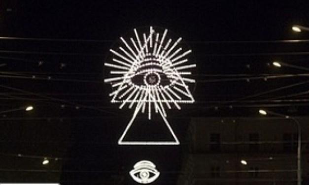 I massoni criticano le luminarie antimassoniche di Bologna