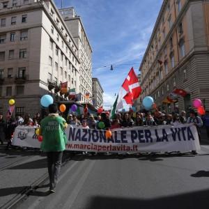 Una marcia per la vita e per la verità