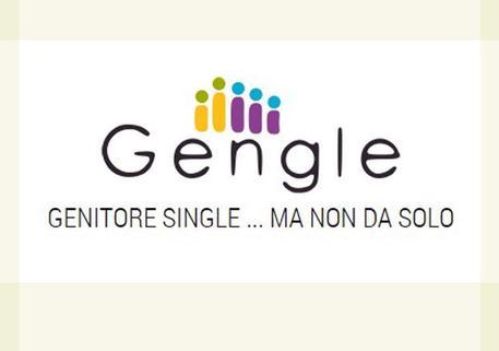 'Noi, famiglie non tradizionali, finalmente non giudicati': i genitori (finti) single da Francesco.
