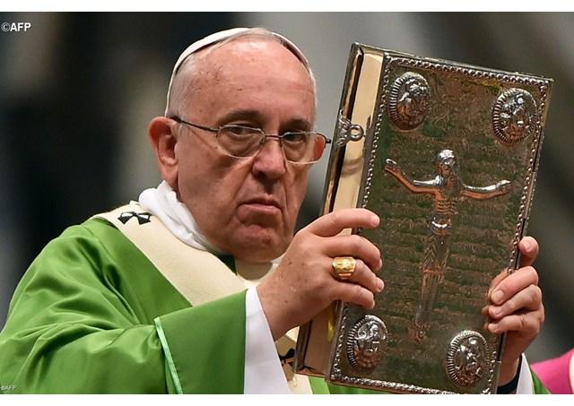 Bergoglio parla di 'scandali' ma… esiste un Sinodo parallelo a Santa Marta?