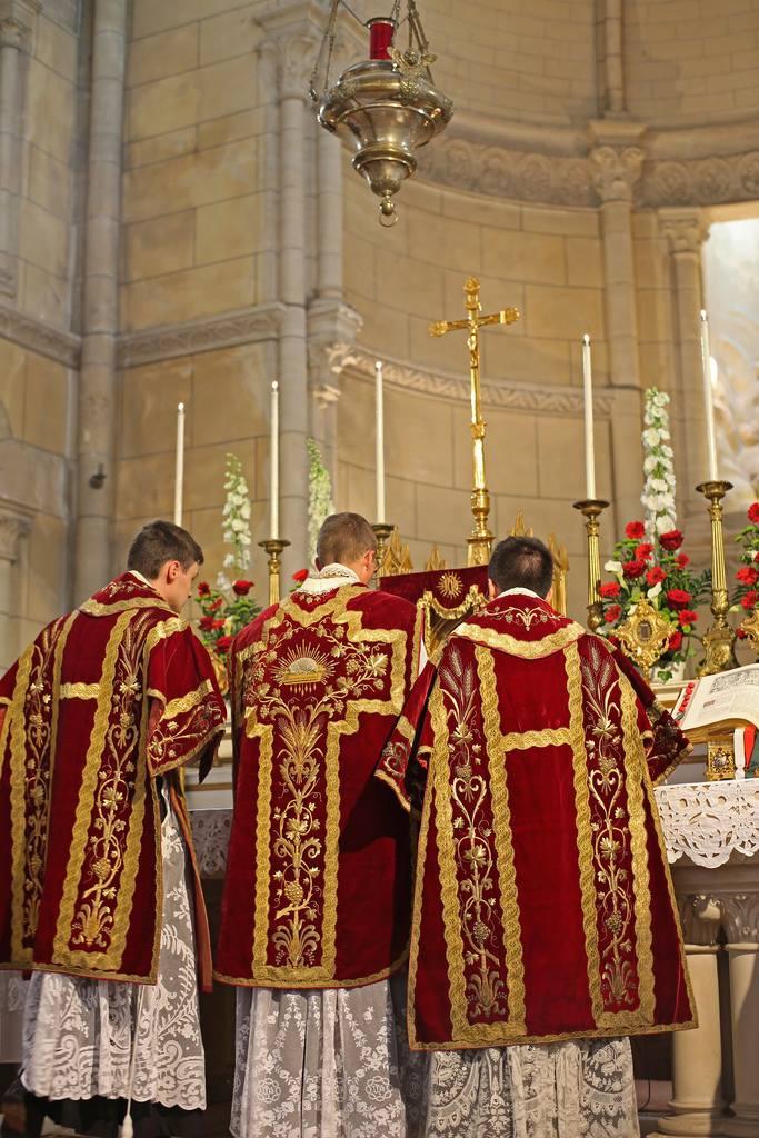 Il Cielo ci protegge attraverso la Santa Messa