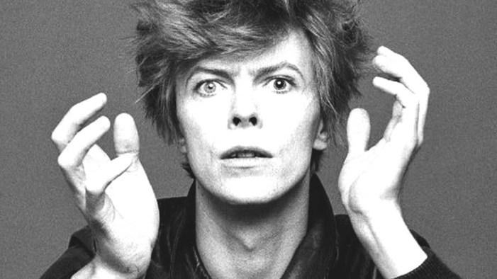 L'Osservatore Romano elogia la 'personalissima sobrietà' di David Bowie