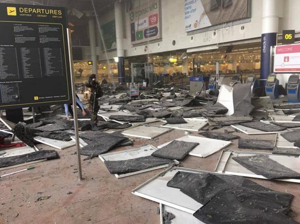 Il suicidio dell'Europa continua inesorabile