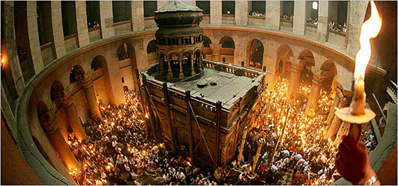 church-of-the-holy-sepulchre-inside-222