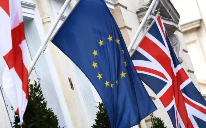 Info Brexit n.13 – Massoni, ceti dirigenti, maître à penser e Isis giocano sulla paura