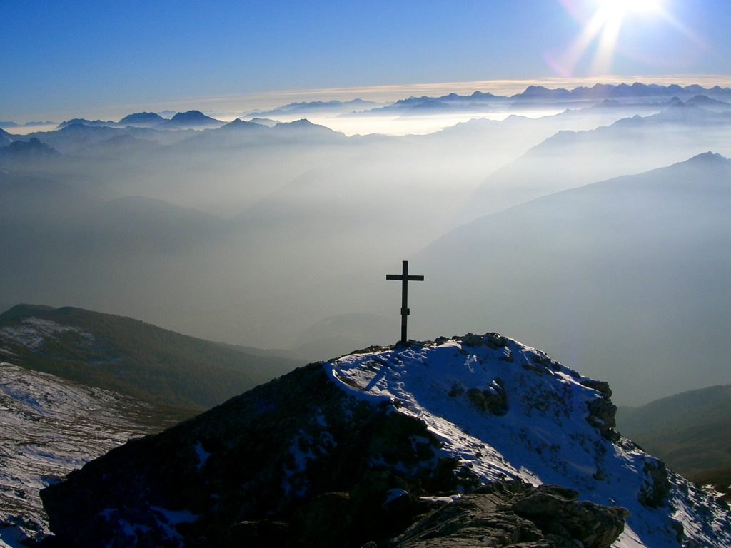 mountain-cross