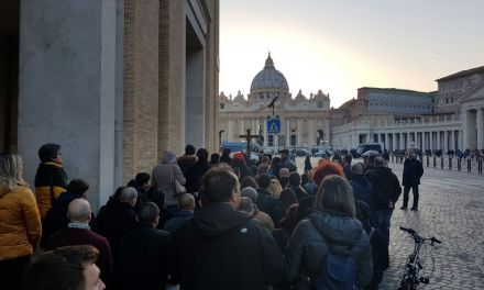 """[AUDIO] Resoconto dei rosari in riparazione ai """"vespri"""" anglicani del 13 marzo"""