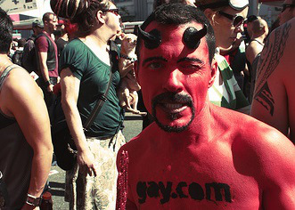 devil-horns-gay-pride11