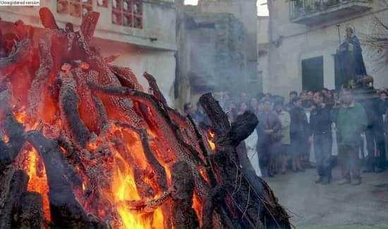 Sant'Antonio abate in Sardegna: il Santo del fuoco