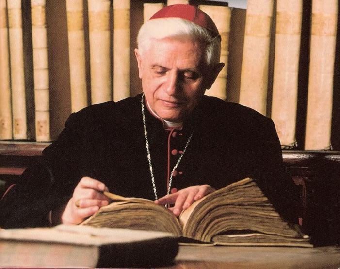 Gli errori dottrinali di Ratzinger: 5 esempi, pronti via