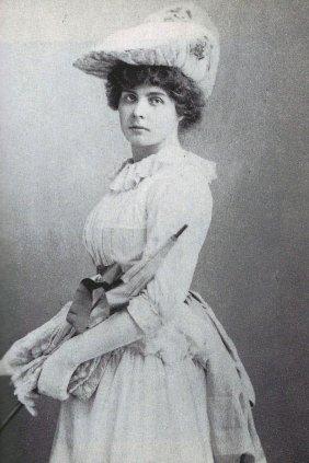 Contance Lloyd (1887)