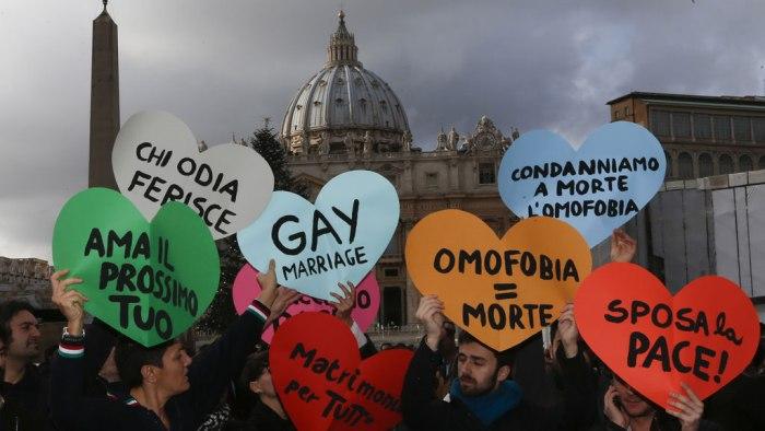 Macellai – Il filo rosso che lega sodomia ed eresia nella setta conciliare