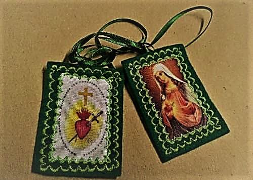 [DIFUNDE TU FE CATOLICA] EL ESCAPULARIO VERDE: regalo de la Virgen para convertir a los pecadores