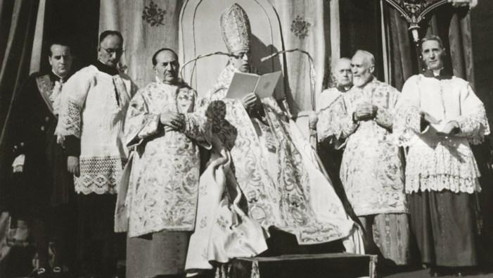 """La bolla dogmatica """"Munificentissimus Deus"""" di Pio XII sull'Assunzione"""